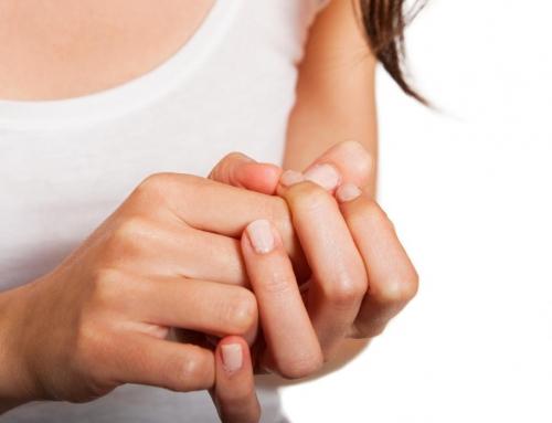 Γιατί σπάνε τα νύχια σας;